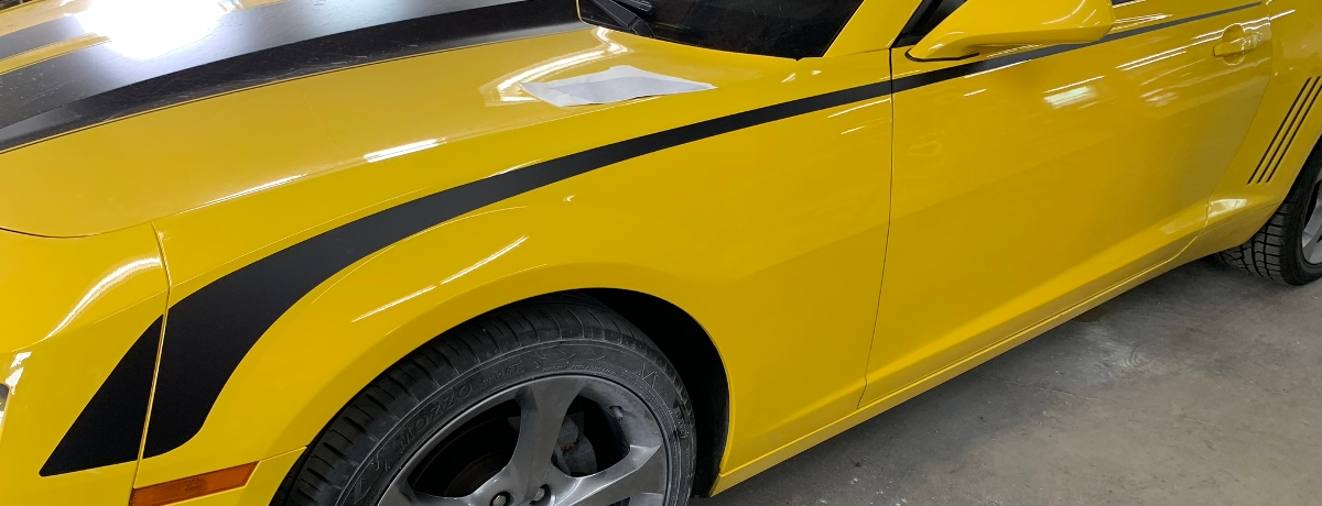 White racing stripes